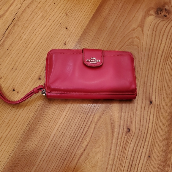 COACH Universal Pocket Phone Wallet In Leather